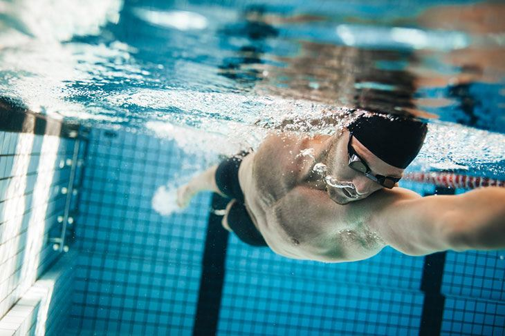 Effective Exercises for a Hunter: Swimming