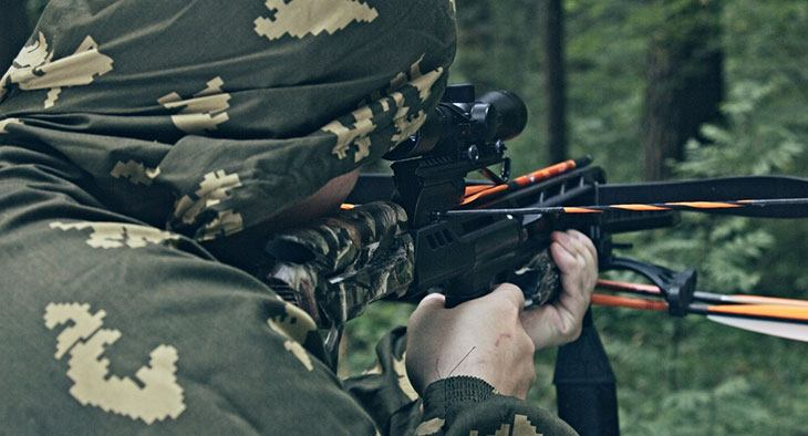 crossbow hunting pros and cons